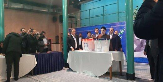 سیدمحمد خاتمی رای خود را به صندوق انداخت +عکس