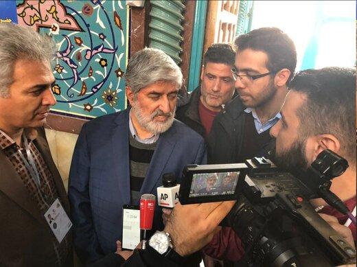 علی مطهری در حسینیه ارشاد رأی داد/ توئیت محمود صادقی در روز انتخابات با هشتگ #آمریکایی به خانهات برگردد/نوبخت و سردار طلایی هم آمدند +عکس