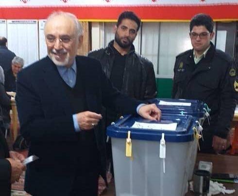 حضور شخصیت ها و مقامات کشور در پای صندوق رای