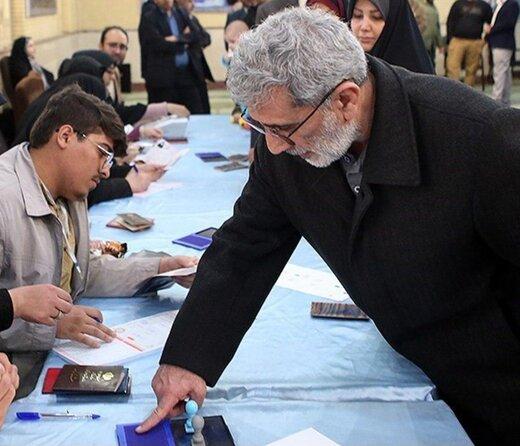 چند عکس یادگاری دیدنی با سردار قاآنی پای صندوق رأی
