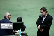 ببینید | تصویر امیرآبادی نماینده خبرساز قم با ماسک در جلسه امروز مجلس که آمار عجیب درباره تلفات قم داد و حالش بد شد
