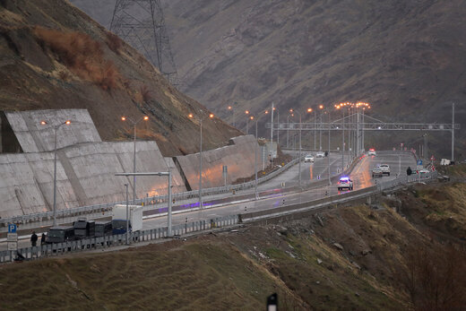 ببینید | مشکلات آزادراه تهران-شمال که پس از ۲۳ سال افتتاح شد