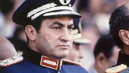 دیکتاتوری که زمانی قهرمان ملی کشورش بود