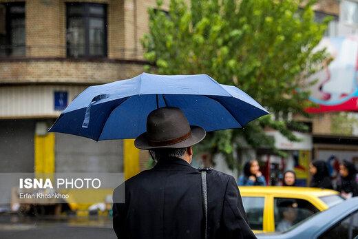 آمادهباش در تهران در پی ادامه بارشها