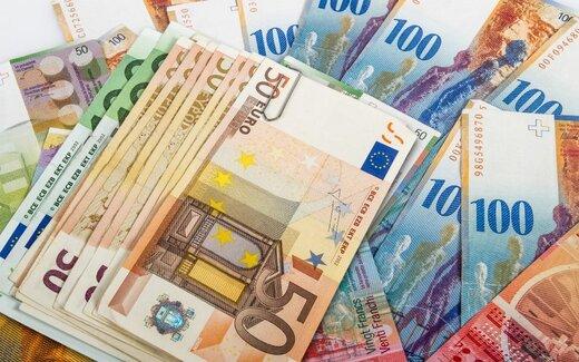 نرخ یورو و پوند بانکی گران شد