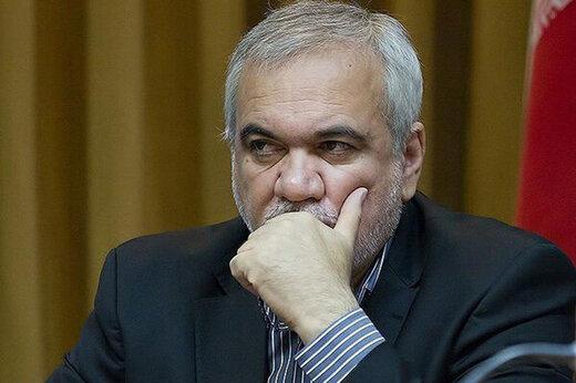 ببینید | فتحاللهزاده: آقای وزیر مشکوک به کرونا بود اما قرارداد من را امضا کرد