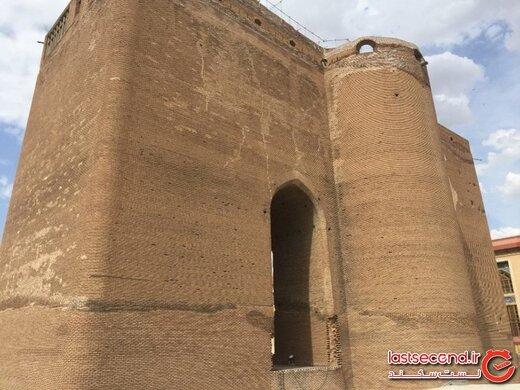 دروازه ای رو به زمان، رویایی تاریخی در غرب ایران! +تصاویر