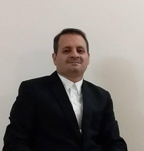 تکلیف به ارائه قرارداد وکالت به دادگاه، غیرشرعی و خلاف قانون اساسی است