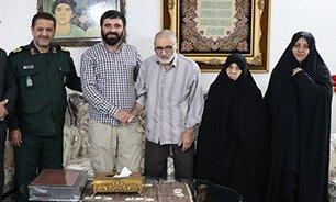 مدیرکل حفظ آثار دفاع مقدس البرز درگذشت مادر شهیدان «فهمیده» را تسلیت گفت