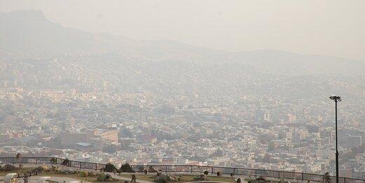 هوای تهران آلوده شد/ سبقت ذرات معلق از کرونا