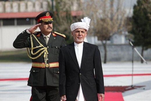 مراسم تحلیف روسای جمهوری افغانستان؛حمله موشکی در محل سخنرانی غنی/عبدالله: امروز عزای دموکراسی است/غنی:امروز من بالاتر از هر فرد افغان صدا میزنم