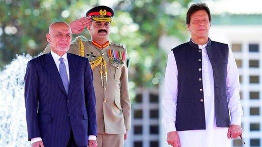 عمران خان از اشرف غنی حمایت کرد