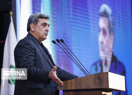 توصیه شهردار تهران درباره پنجشنبه آخر سال: مردم از راه دور قرائت فاتحه کنند