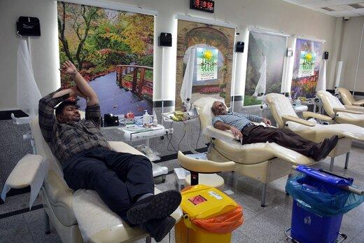 اهدای خون نماد ایثارگری در هفته منابع طبیعی و آبخیزداری است