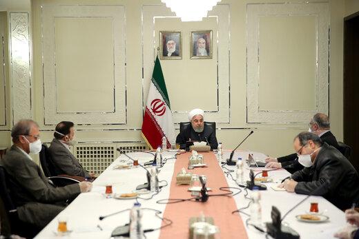 روحانی: نگذاریم موضوع کرونا به سمت دو قطبی سیاسی کشیده شود
