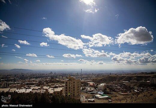 ببینید   اینگونه از آسمان تهران بادمجان بارید!