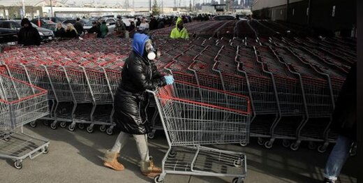 صف های طولانی آمریکایی پشت در فروشگاهها پیش از طلوع آفتاب/ ذخایر بنزین بعضی شهرها ته کشید