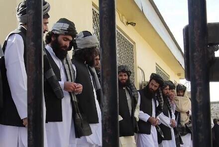 100 زندانی طالبان آزاد شدند