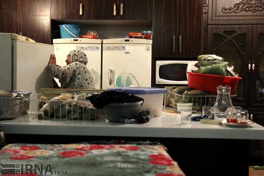 گیر افتادن خانمها در مثلث کرونا، قرنطینه و خانهتکانی