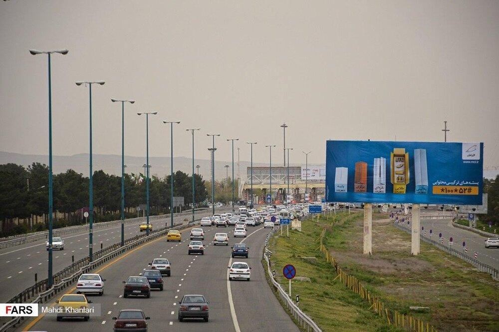ترافیک عجیب در آزادراه تهران - قم با وجود هشدارهای کرونایی