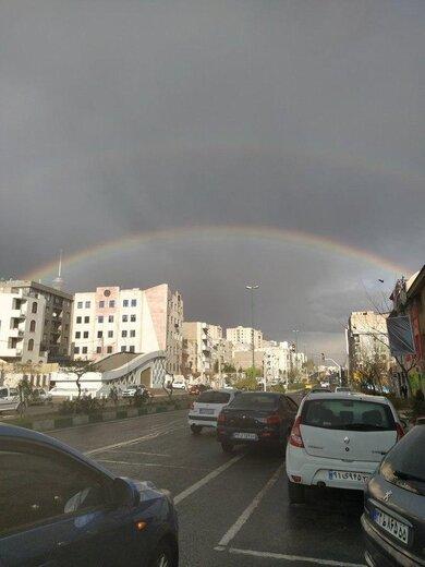 رنگین کمان در آسمان تهران در آخرین روز سال 98