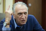 ببینید | انتقاد تند آقای بازیگر از کسانی که این روزها از آب گل آلود ماهی میگیرند