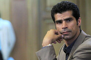 ببینید | همراهی هادی ساعی با هلال احمر در طرح غربالگری مسافران تهران در عوارضی