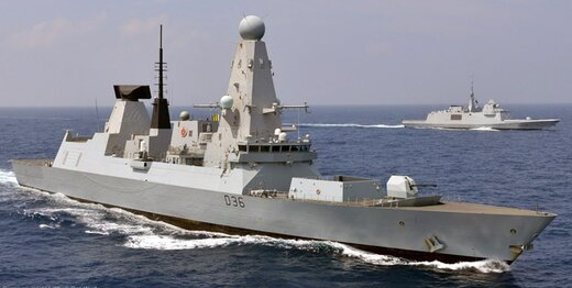 کشتی جنگی انگلیسی خلیج فارس را ترک کرد