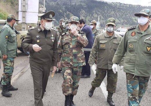 بازدید فرمانده نیروی زمینی ارتش از رزمایش پیشگیری و پایش شیوع کرونا در استان گیلان