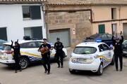 ببینید | رقصیدن پلیس های اسپانیایی در خیابان برای روحیهدادن به مردم در قرنطینه