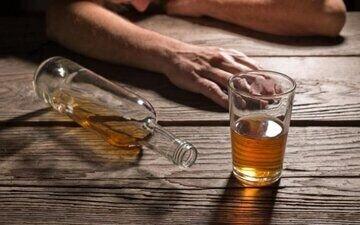 آمار عجیب مسمومیت الکلی در یک شهر کوچک خراسان