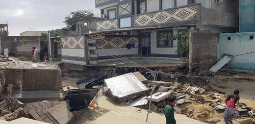 عدم رعایت حریم رودخانه تیس چابهار خسارت سیلاب را بیشتر کرده است