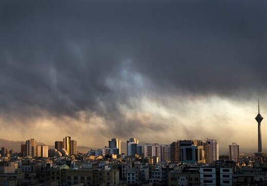 قیمتها در بازار مسکن تهران خیال پایین آمدن ندارد؛ از سوئیت ۳۰۰ میلیونی تا آپارتمان کهنه ۵ میلیاردی
