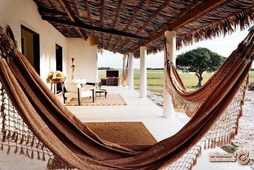 هتل عجیب 700.000 ساعته، اقامتگاهی که مثل هیچ جای دیگر نیست!