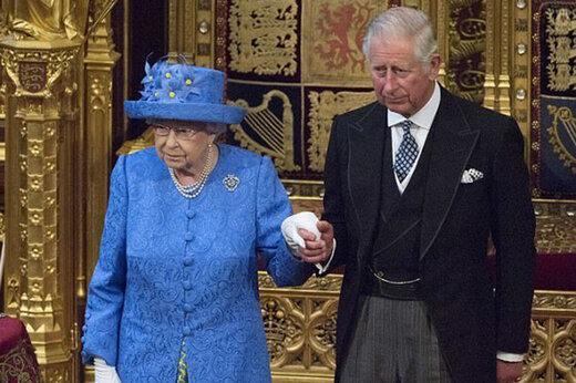 اخبار ضد و نقیض از ابتلای ملکه به کرونا/باکینگهام تکذیب کرد/عکس