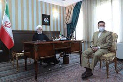 ببینید | ویدئو کنفرانس رئیس جمهور با شاعر افغانستانی بستری در یزد