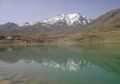 سرریز سد چشمه زنه در چهارمحال و بختیاری