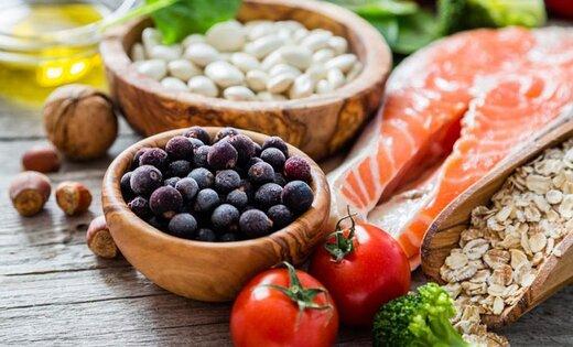 ببینید | چطور از ایمنی مواد غذایی در شرایط کرونا مطمئن شویم؟