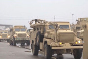 ببینید | آمریکاییها تجهیزات نظامی پایگاه تخلیه شده را به عراقیها فروختند!