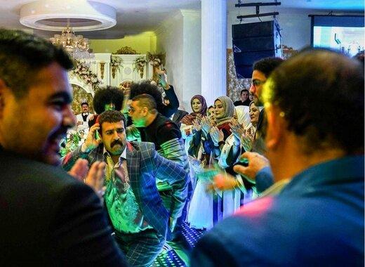 اعتراض ارسطو  به سانسور صحنه رقص خود در سریال پایتخت