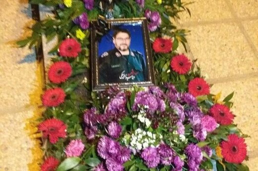 پیکر مطهر سردار شهید محمدمیرزا سلگی در نهاوند به خاک سپرده شد