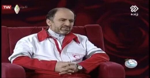 ببینید | مدیر ارشد هلال احمر: در تهران با وانت معجون بنفشه به عنوان دوای کرونا میفروشند و مردم میخرند!