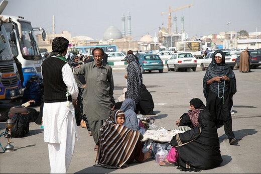 ببینید | زائران پاکستانی بازگشته از ایران قرنطینه شدند