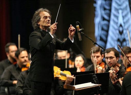 ببینید | ارکستر سمفونیک تهران از خانه برای مردم نواختند