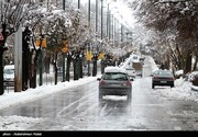 آغاز بارش برف بهاره در تهران