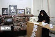 تصویر زنی که رهبری به طور ویژه از اقدامات ضدکرونایی او یاد کرد