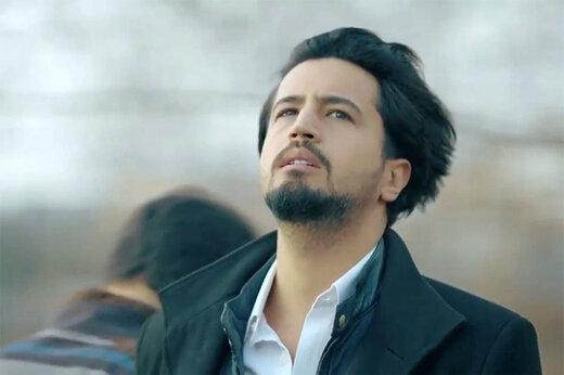 ببینید   موزیک ویدیو «عاشقانه نیست» با صدای علیرضا قربانی و بازی مهرداد صدیقیان