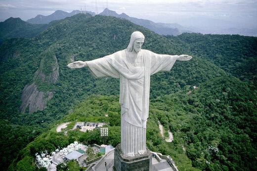 ببینید | همدردی مجسمه مسیح در برزیل با جامعه پزشکی جهان