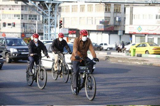 حضور شهردار تهران با دوچرخه در مراسم روز المپیک/عکس