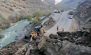 محور کرج-چالوس و آزادراه تهران-شمال مسدود شد